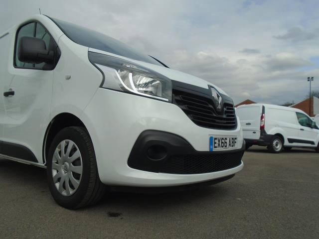 2016 Renault Trafic Sl27 Energy Dci 125 Business+ Van (EX66ABF) Thumbnail 18