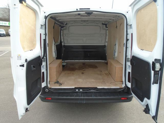 2016 Renault Trafic Sl27 Energy Dci 125 Business+ Van (EX66ABF) Thumbnail 11