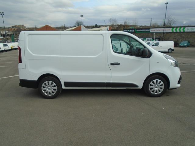 2016 Renault Trafic Sl27 Energy Dci 125 Business+ Van (EX66ABF) Thumbnail 7