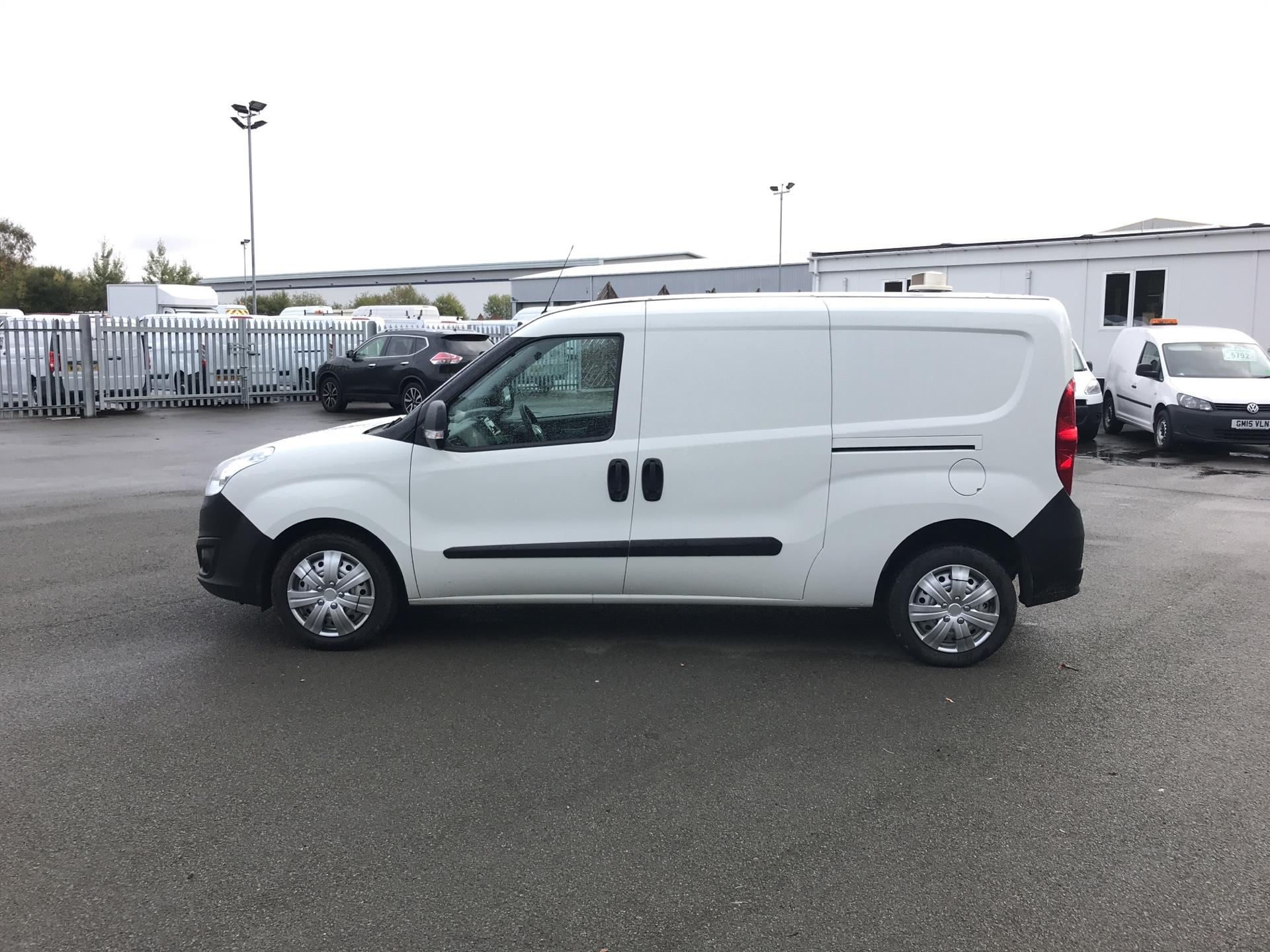 2015 Vauxhall Combo 2300 1.3 CDTI 16V ECOFLEX H1 VAN EURO 5 (FA15DDZ) Image 6