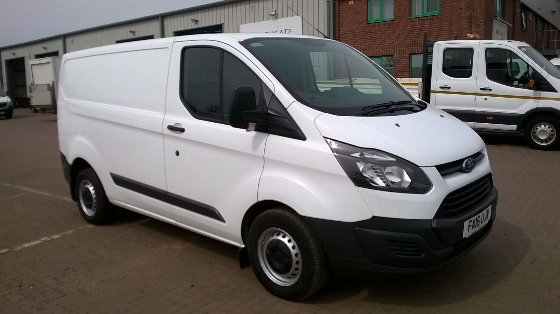 2016 Ford Transit Custom 290 L1 DIESEL FWD 2.2  TDCI 100PS LOW ROOF VAN EURO 5 (FA16UJW)