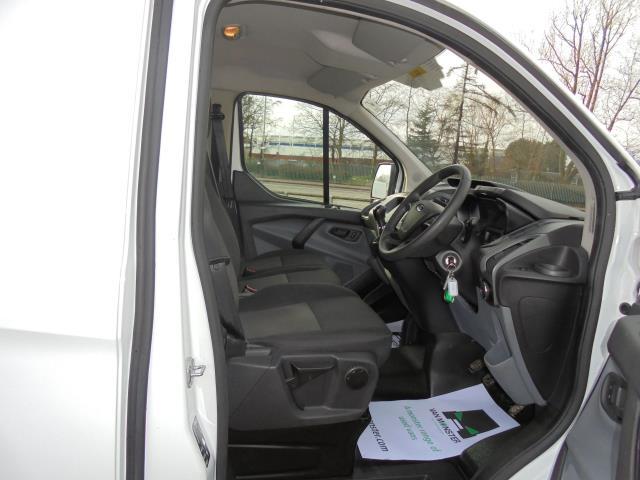 2016 Ford Transit Custom 290 L1 DIESEL FWD 2.2  TDCI 100PS LOW ROOF VAN EURO 5 (FA16UJX) Image 8