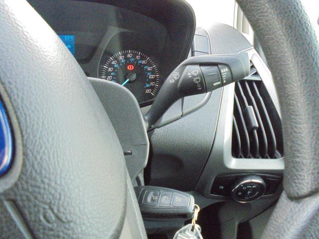 2016 Ford Transit Custom 290 L1 DIESEL FWD 2.2  TDCI 100PS LOW ROOF VAN EURO 5 (FA16UJX) Image 16