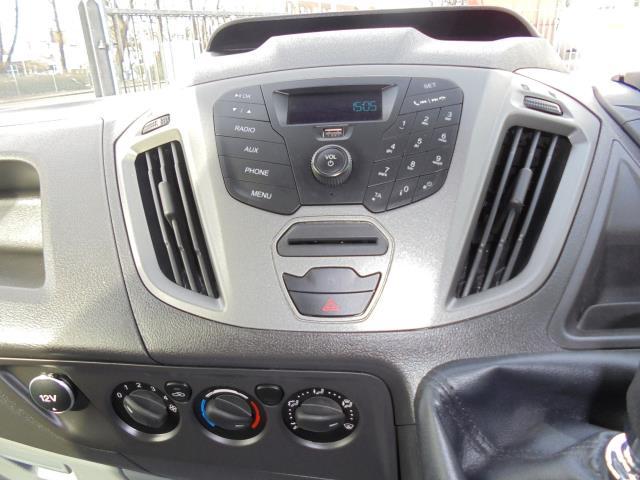 2016 Ford Transit Custom 290 L1 DIESEL FWD 2.2  TDCI 100PS LOW ROOF VAN EURO 5 (FA16UJX) Image 12