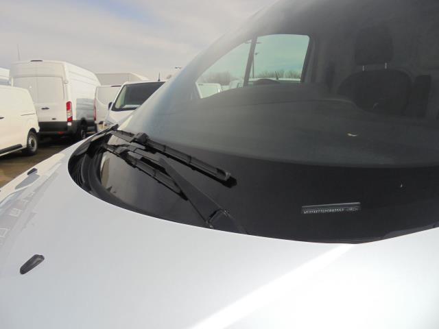 2016 Ford Transit Custom 290 L1 DIESEL FWD 2.2  TDCI 100PS LOW ROOF VAN EURO 5 (FA16UJX) Image 5