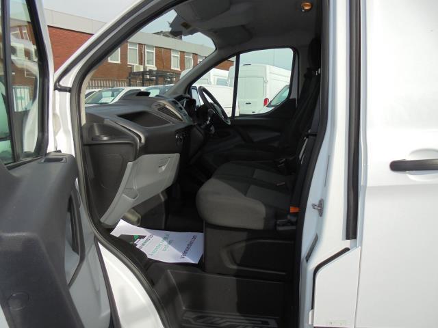 2016 Ford Transit Custom 290 L1 DIESEL FWD 2.2  TDCI 100PS LOW ROOF VAN EURO 5 (FA16UJX) Image 7