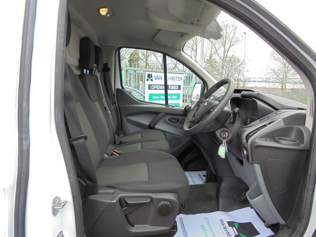 2016 Ford Transit Custom 290 L1 DIESEL FWD 2.2  TDCI 100PS LOW ROOF VAN EURO 5 (FA16UME) Image 17