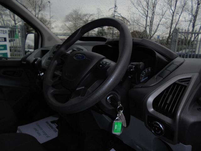 2016 Ford Transit Custom 290 L1 DIESEL FWD 2.2  TDCI 100PS LOW ROOF VAN EURO 5 (FA16UME) Image 19