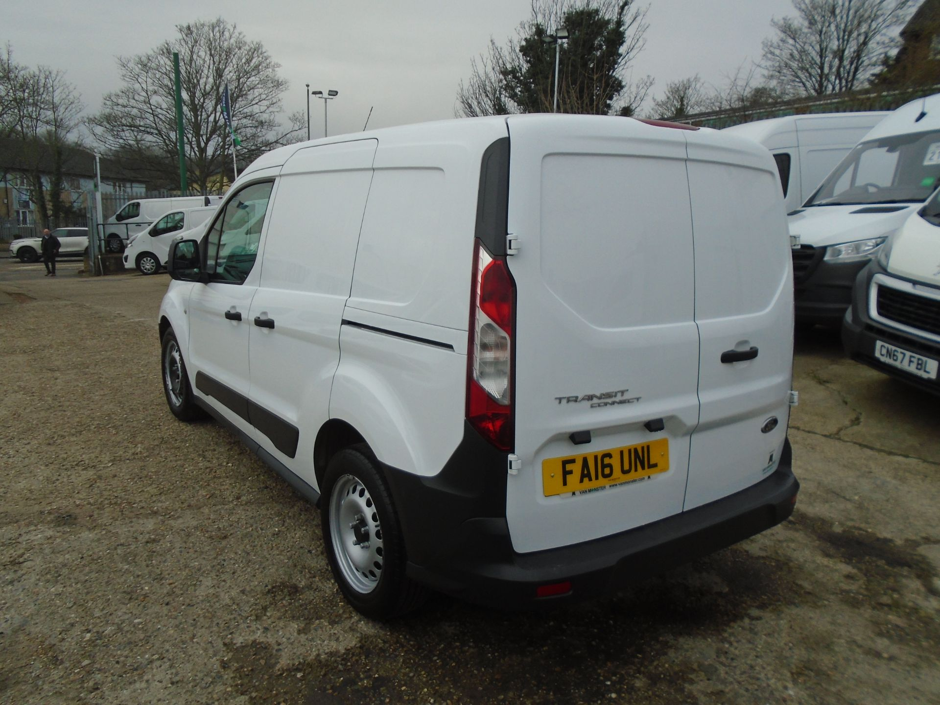 2016 Ford Transit Connect 1.5 Tdci 75Ps Van (FA16UNL) Thumbnail 4