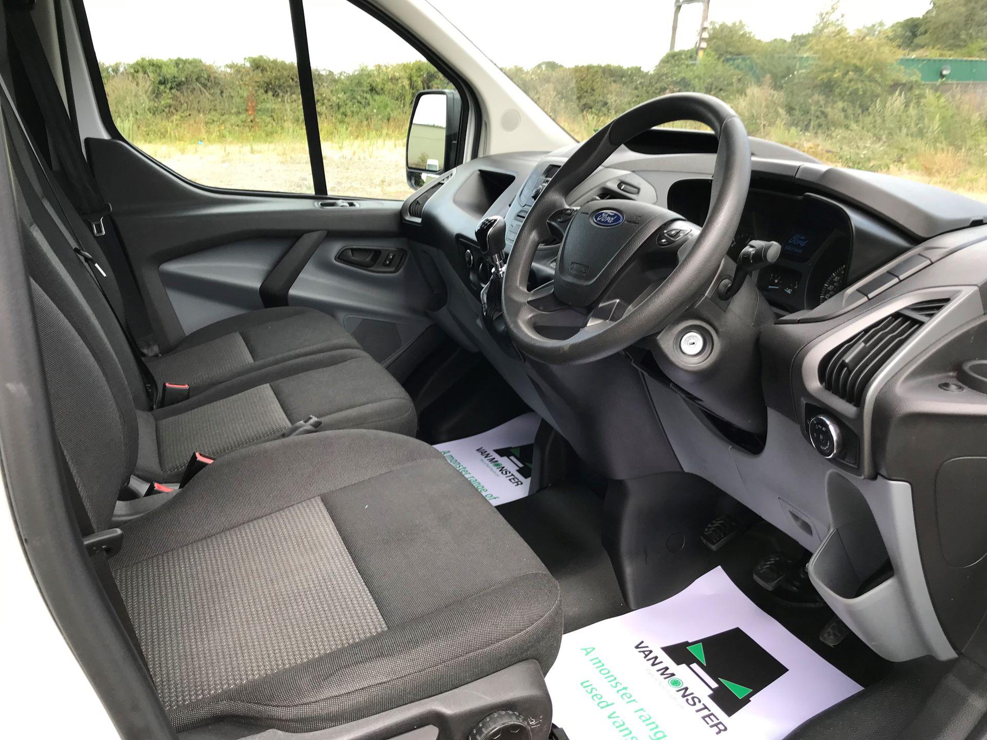 2016 Ford Transit Custom 290 L1 DIESEL FWD 2.2 TDCI 100PS LOW ROOF VAN EURO 5 (FA16UOD) Image 21