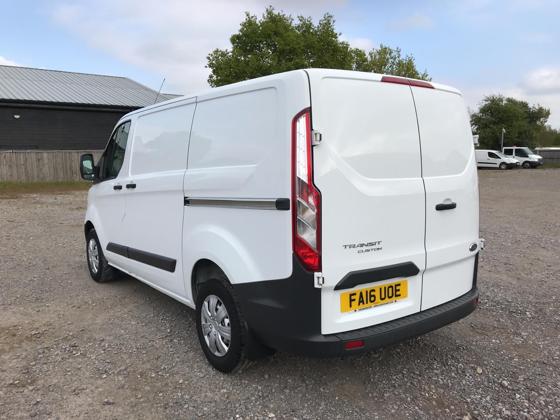 2016 Ford Transit Custom 290 L1 DIESEL FWD 2.2 TDCI 100PS LOW ROOF VAN EURO 5 (FA16UOE) Thumbnail 5
