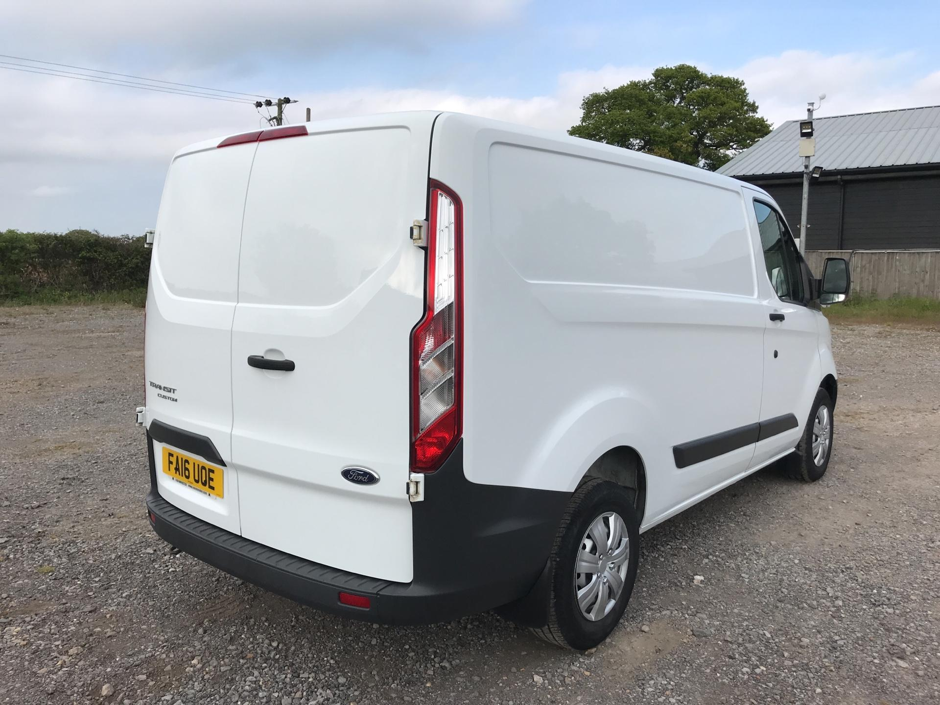 2016 Ford Transit Custom 290 L1 DIESEL FWD 2.2 TDCI 100PS LOW ROOF VAN EURO 5 (FA16UOE) Thumbnail 3