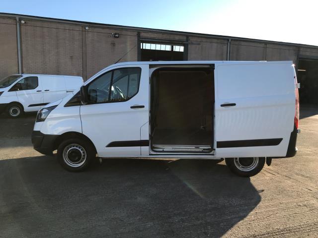 2017 Ford Transit Custom  290 L1 2.0TDCI 105PS LOW ROOF EURO 6 (FA17NWW) Image 19