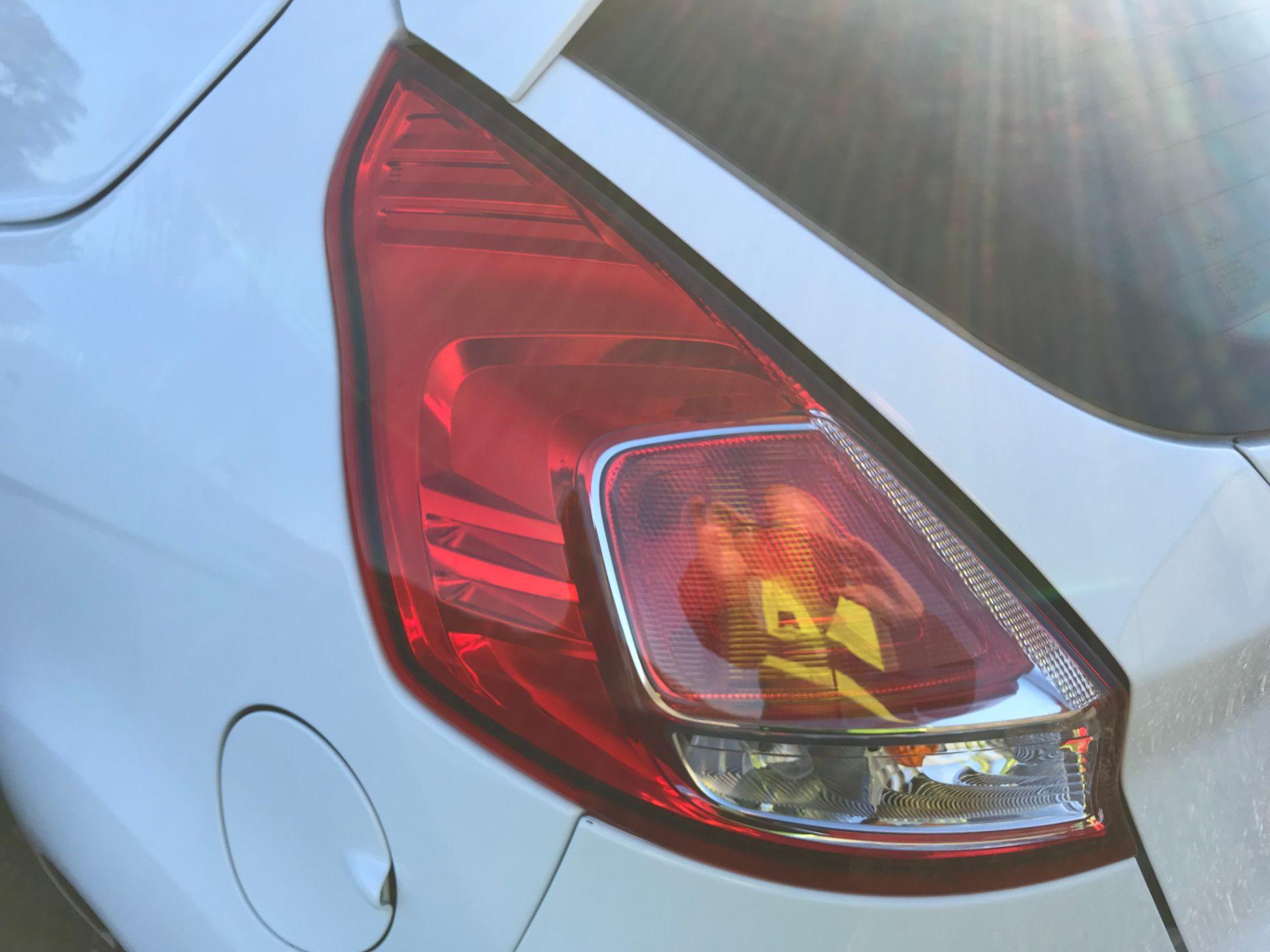 2017 Ford Fiesta 1.5 Tdci Van (FA17NYM) Image 30