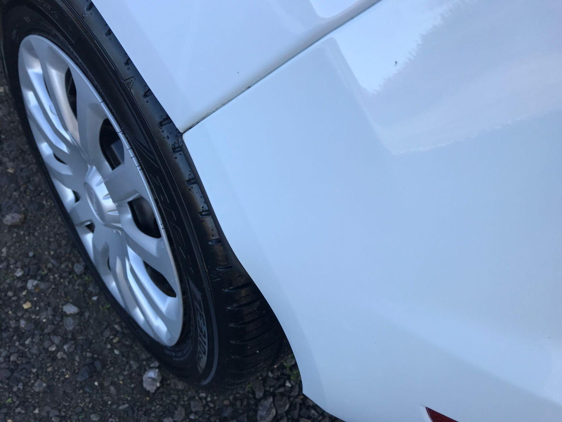 2017 Ford Fiesta 1.5 Tdci Van (FA17NYM) Image 33