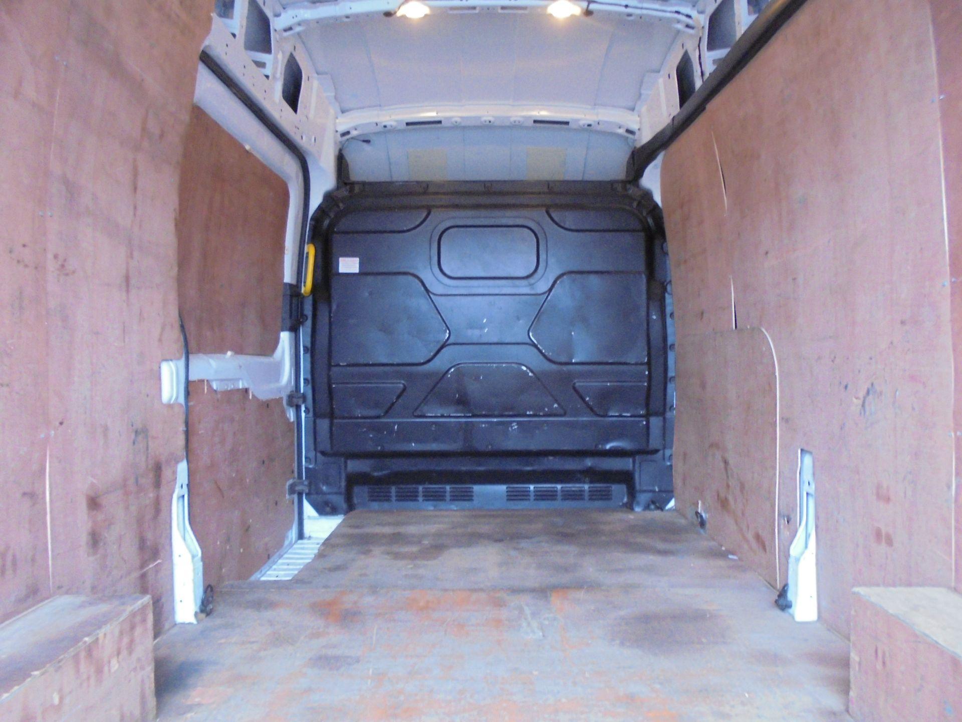 2017 Ford Transit 2.0 Tdci 130Ps H3 Van (FA17NZE) Image 10