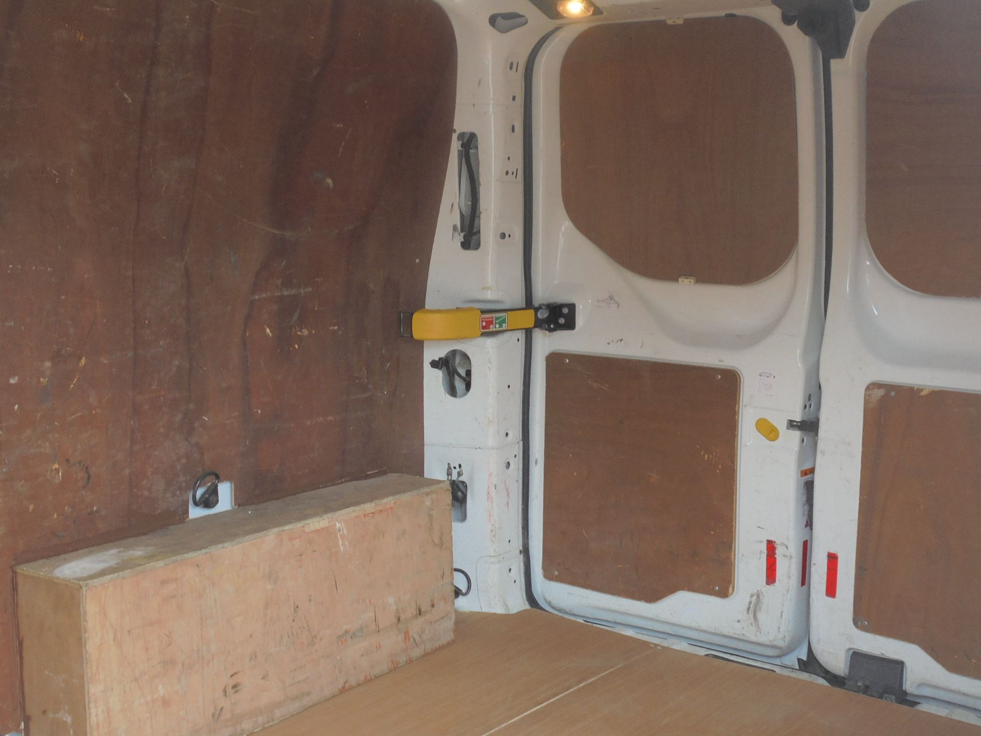 2017 Ford Transit Custom 2.0 Tdci 105Ps Low Roof Van (FA17NZR) Image 7