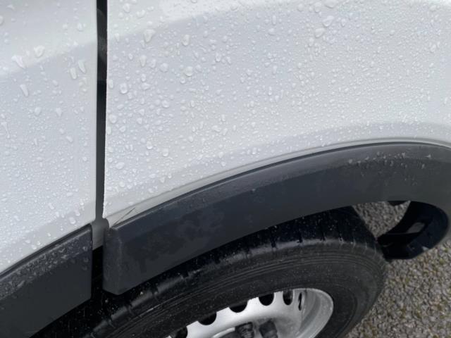 2017 Ford Transit 2.0 Tdci 130Ps H3 Van (FA17SDO) Image 17