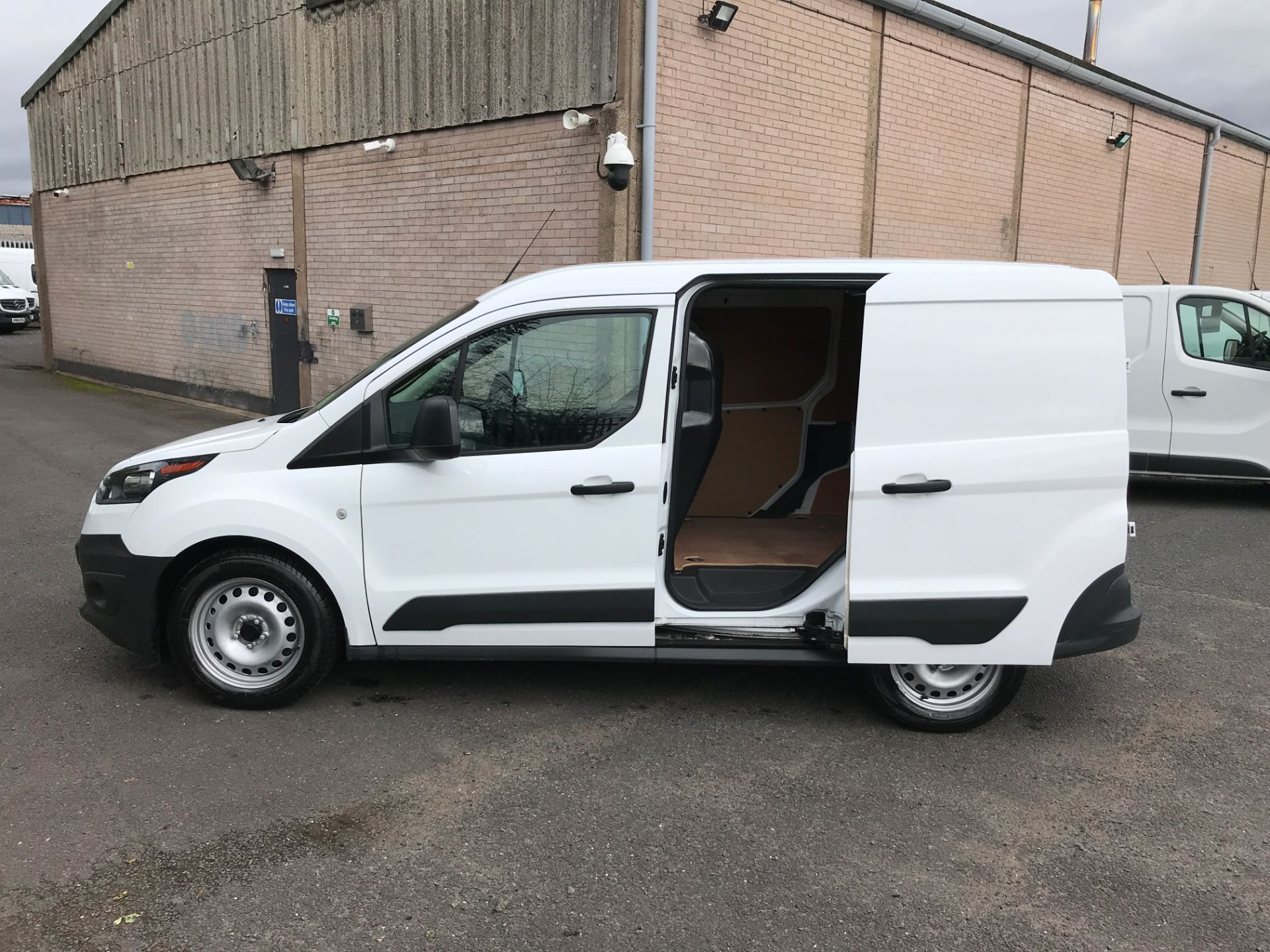 2017 Ford Transit Connect T200 L1 H1 1.5TDCI 75PS EURO 6 (FA17SEY) Image 18