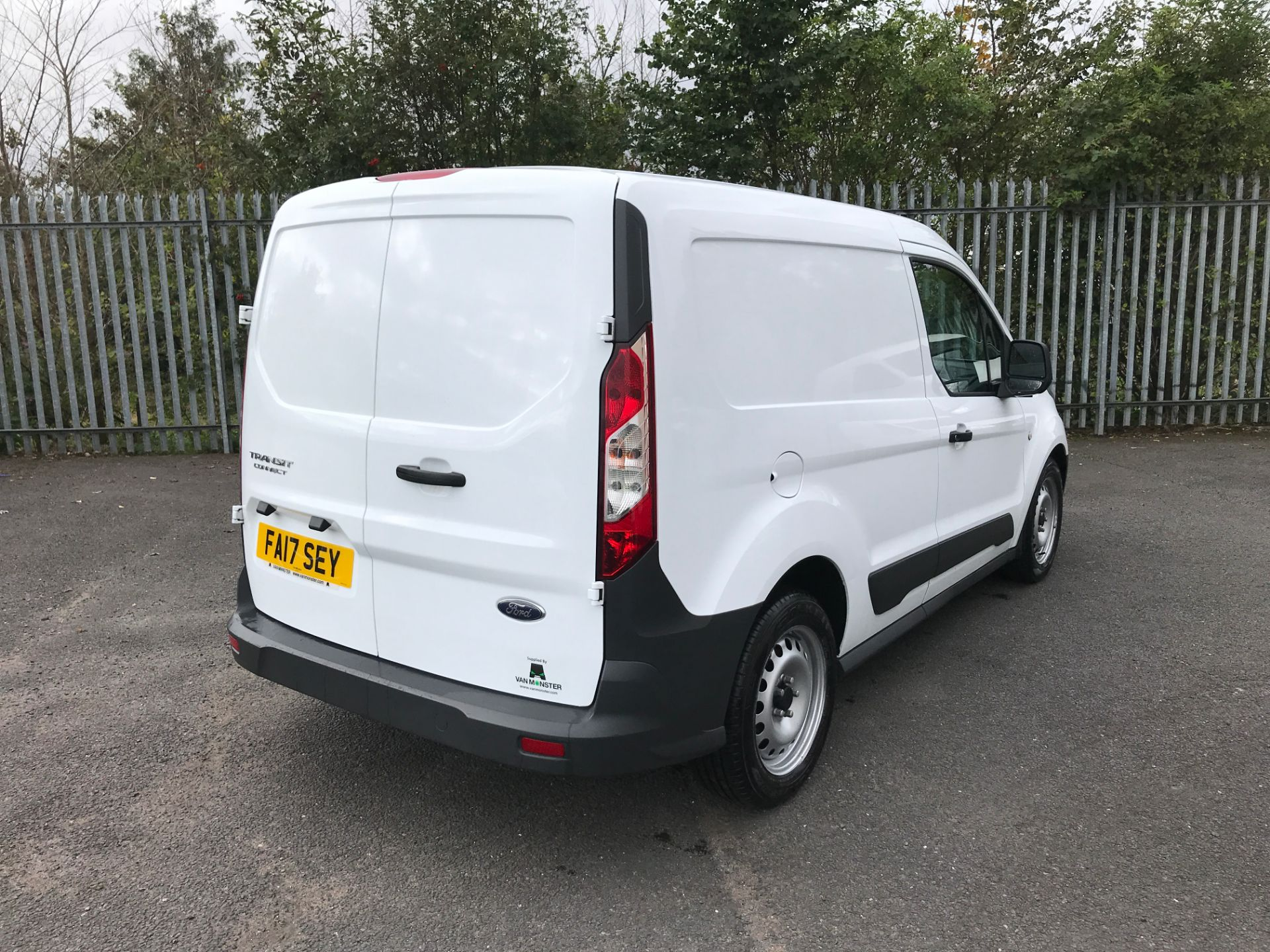 2017 Ford Transit Connect T200 L1 H1 1.5TDCI 75PS EURO 6 (FA17SEY) Image 8