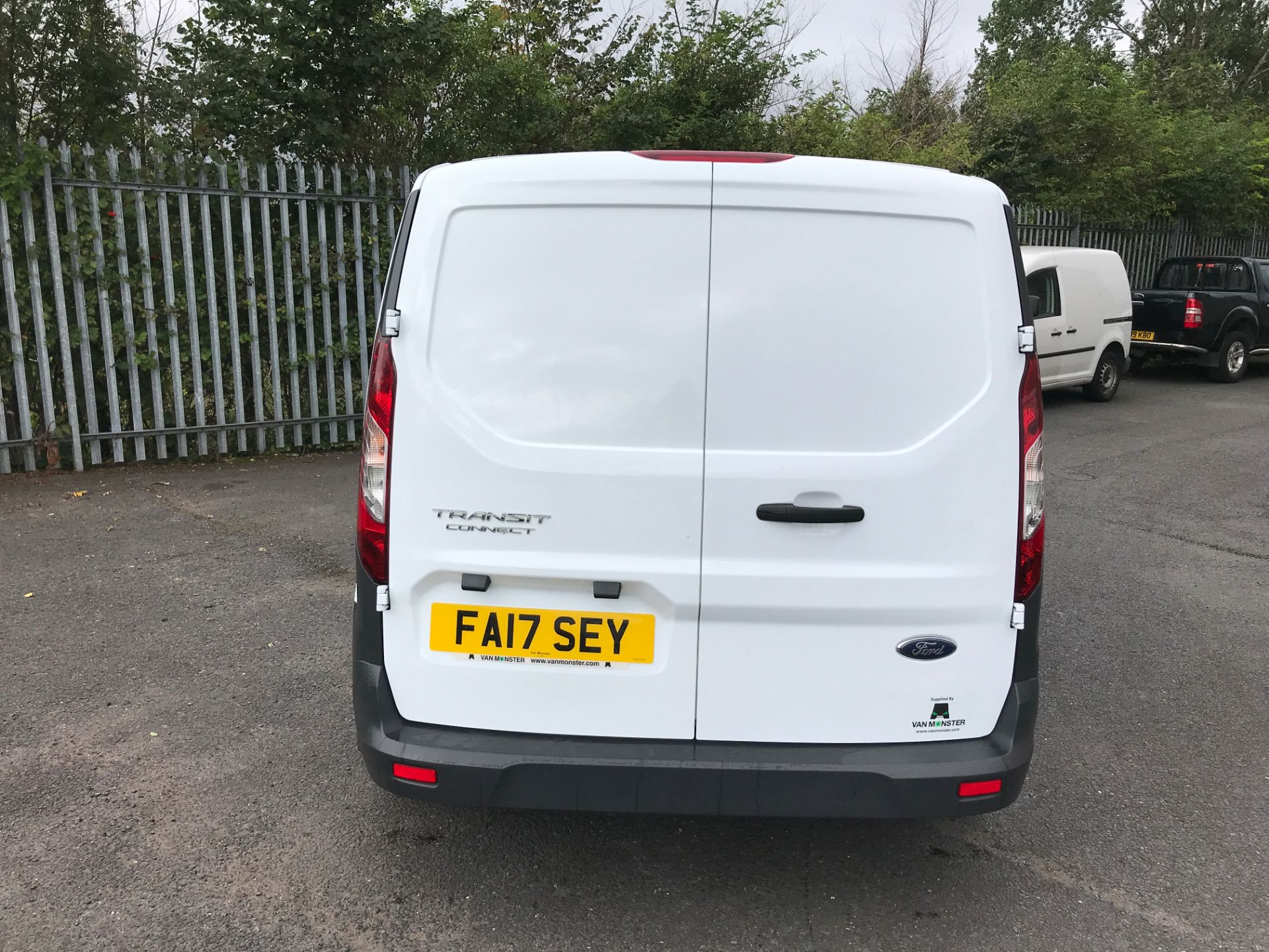 2017 Ford Transit Connect T200 L1 H1 1.5TDCI 75PS EURO 6 (FA17SEY) Image 9