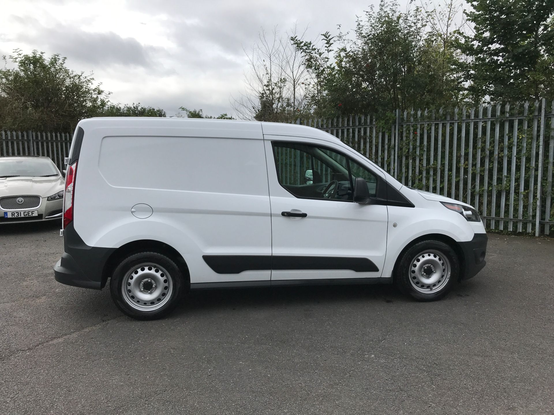 2017 Ford Transit Connect T200 L1 H1 1.5TDCI 75PS EURO 6 (FA17SEY) Image 7