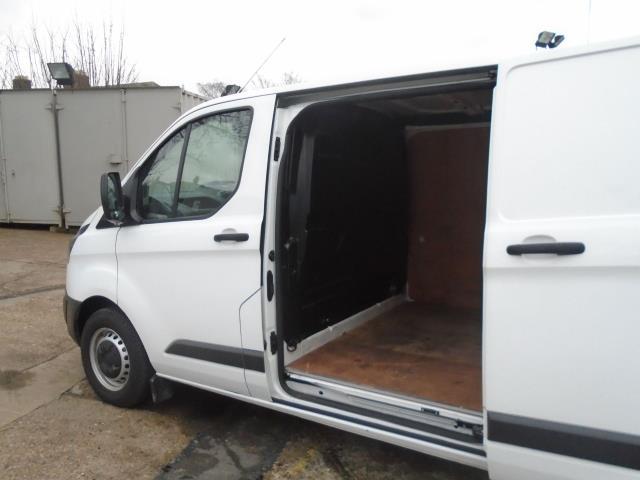 2016 Ford Transit Custom 2.2 Tdci 100Ps Low Roof Van (FA65LXB) Image 10