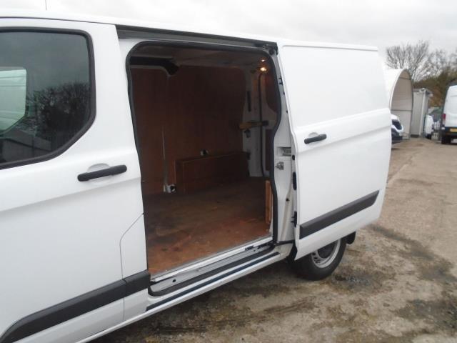 2016 Ford Transit Custom 2.2 Tdci 100Ps Low Roof Van (FA65LXB) Image 9