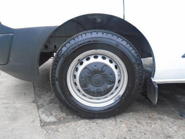2016 Ford Transit Custom 2.2 Tdci 100Ps Low Roof Van (FA65LXB) Image 25