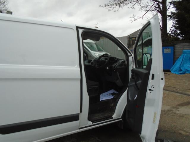2016 Ford Transit Custom 2.2 Tdci 100Ps Low Roof Van (FA65LXB) Image 15