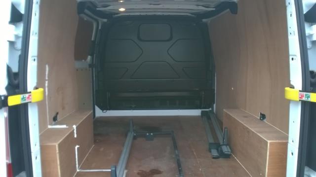 2016 Ford Transit Custom 290 L1 DIESEL FWD 2.2  TDCI 100PS LOW ROOF VAN EURO 5 (FA65OLJ) Image 12