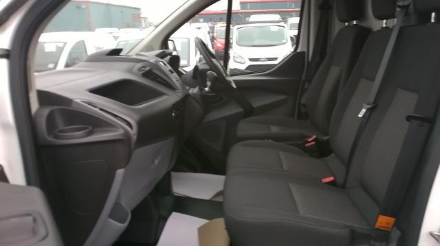 2016 Ford Transit Custom 290 L1 DIESEL FWD 2.2  TDCI 100PS LOW ROOF VAN EURO 5 (FA65OLJ) Image 7