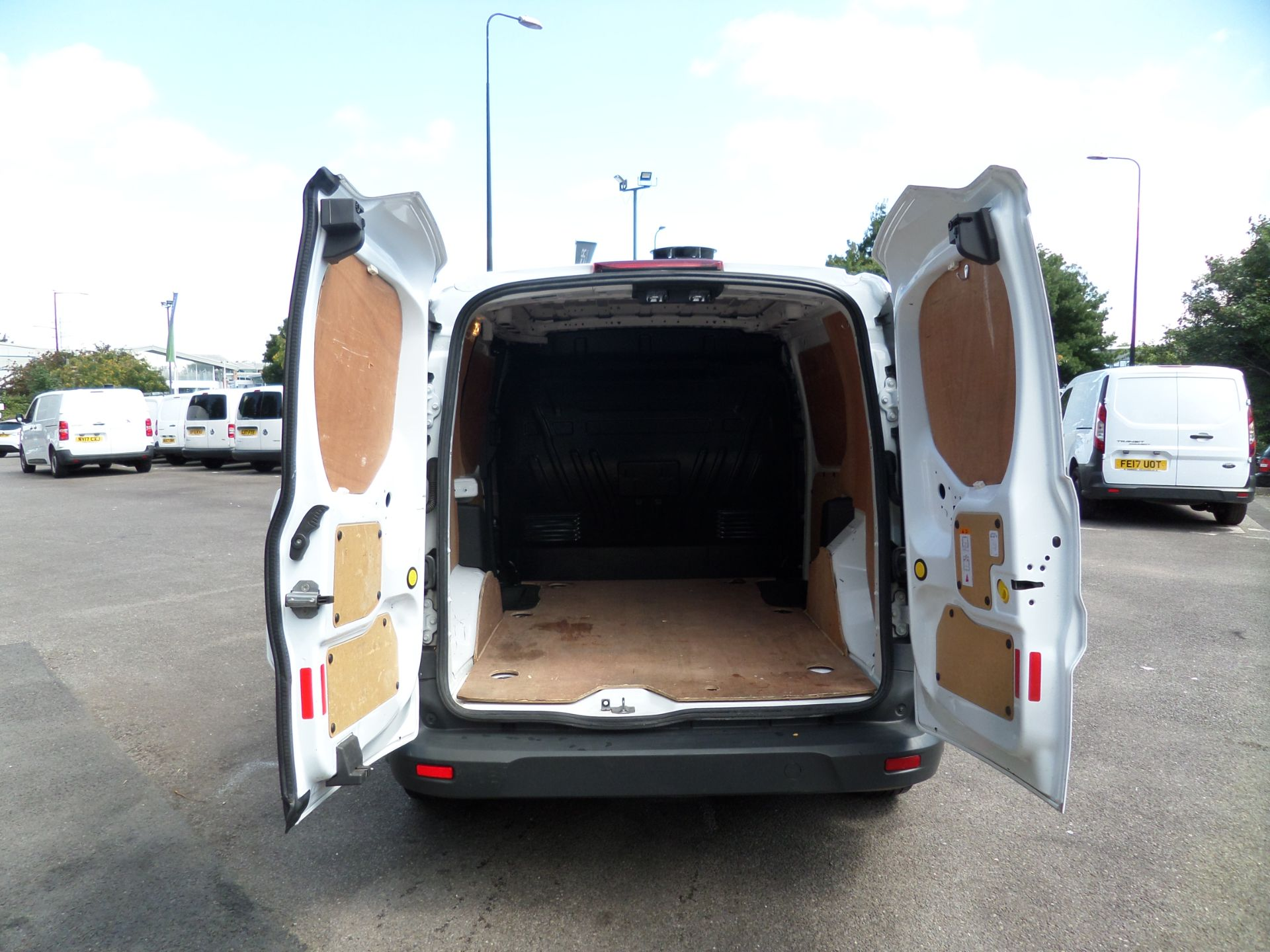 2016 Ford Transit Connect 1.5 Tdci 75Ps Van Euro 6 (FC16YMP) Image 4