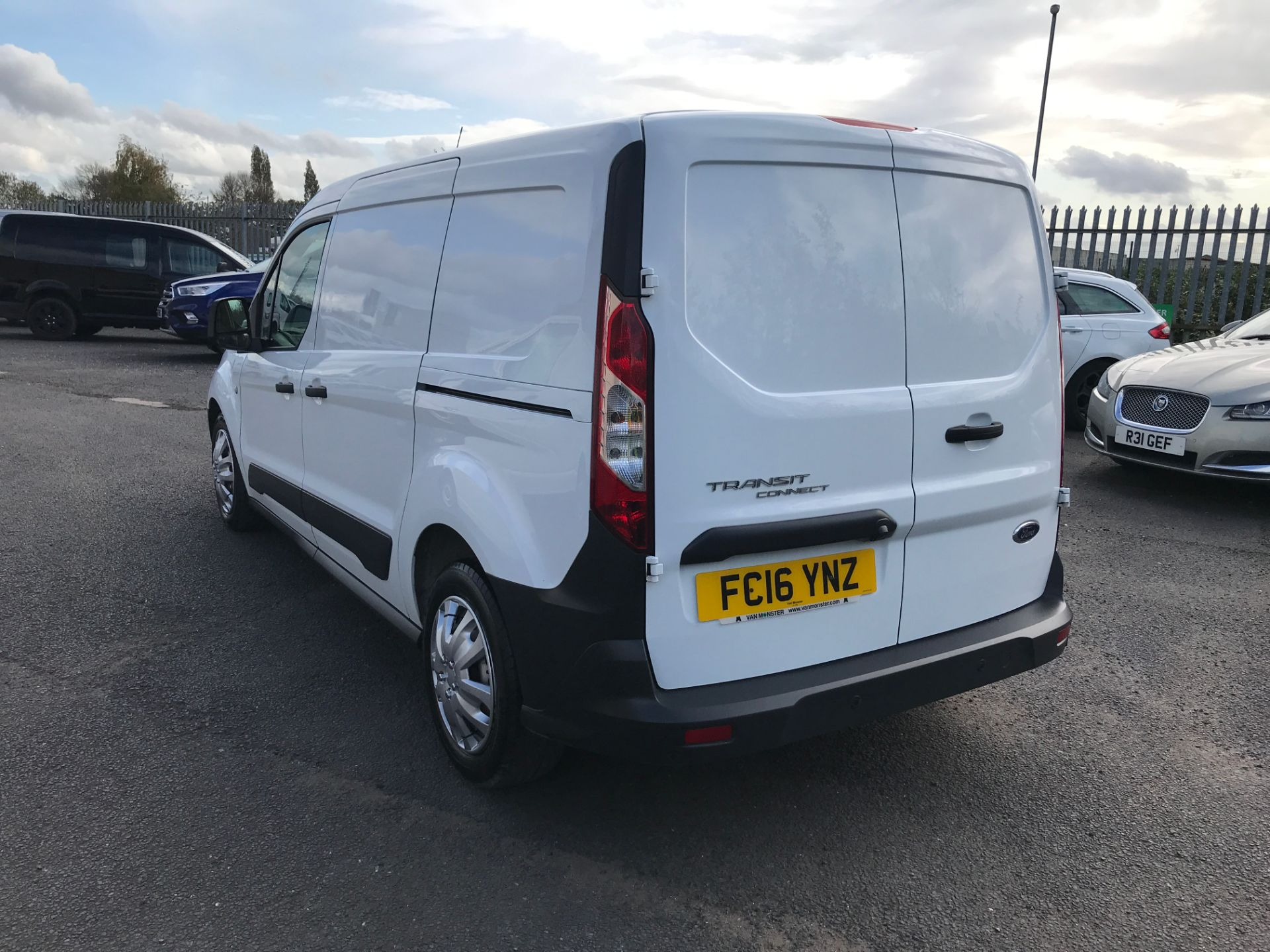 2016 Ford Transit Connect T210 L2 H1 1.5TDCI 100PS EURO 6, AIR CON (FC16YNZ) Image 10
