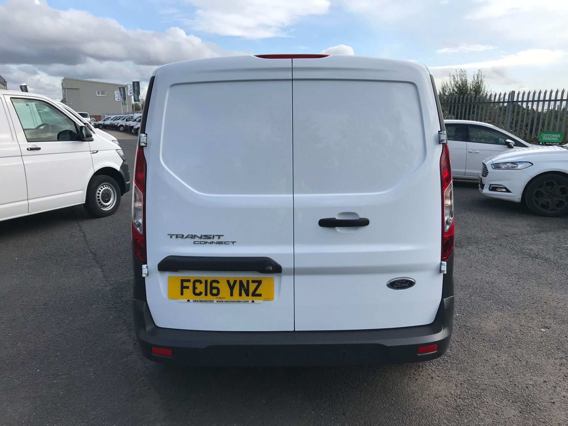 2016 Ford Transit Connect T210 L2 H1 1.5TDCI 100PS EURO 6, AIR CON (FC16YNZ) Image 9