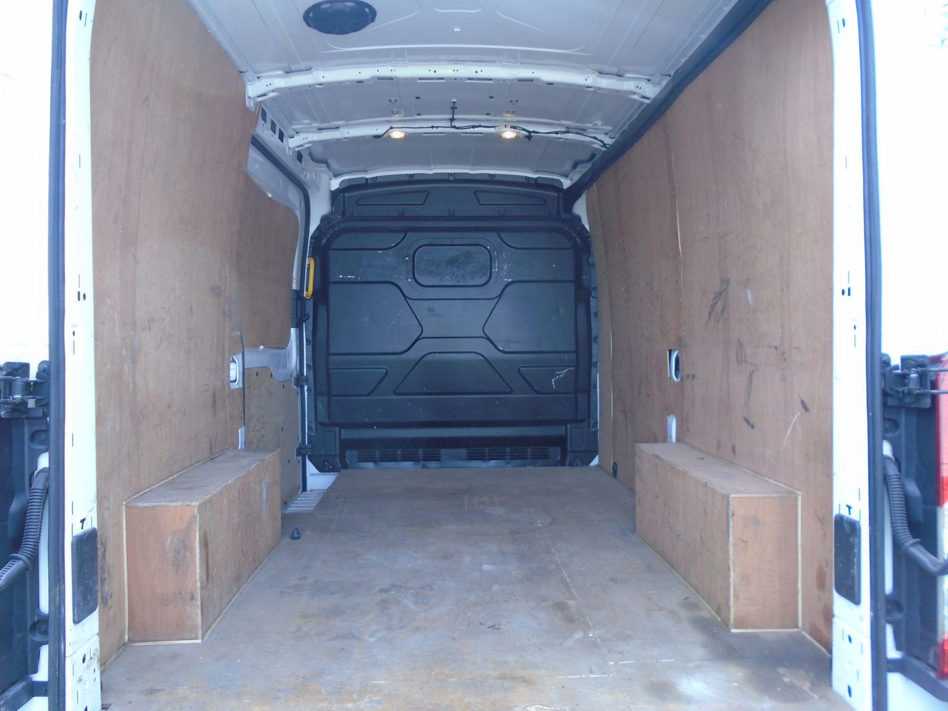 2018 Ford Transit 2.0 Tdci 130Ps H2 Van (FD18LTX) Image 11