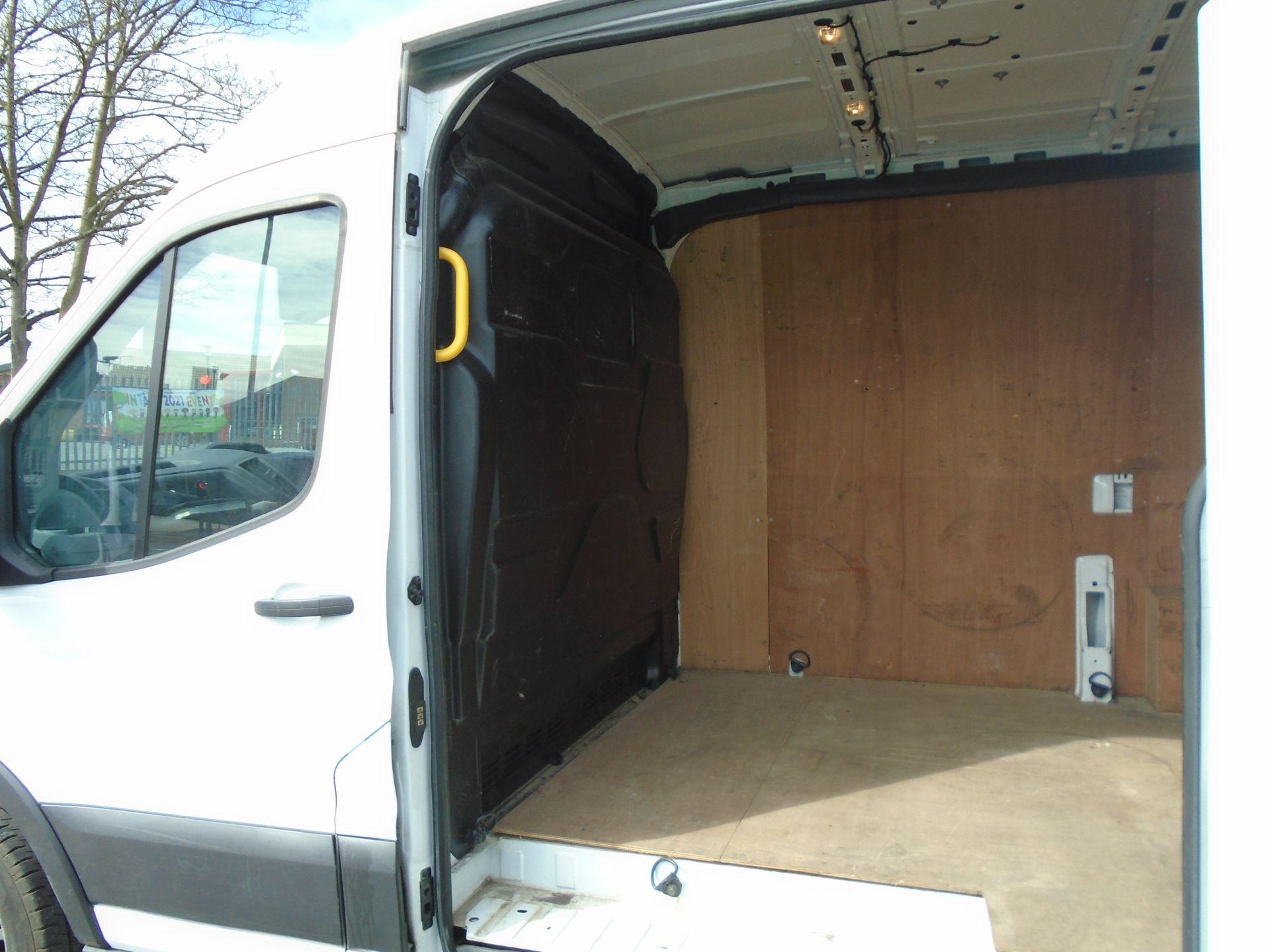 2018 Ford Transit 2.0 Tdci 130Ps H2 Van (FD18LTX) Image 13