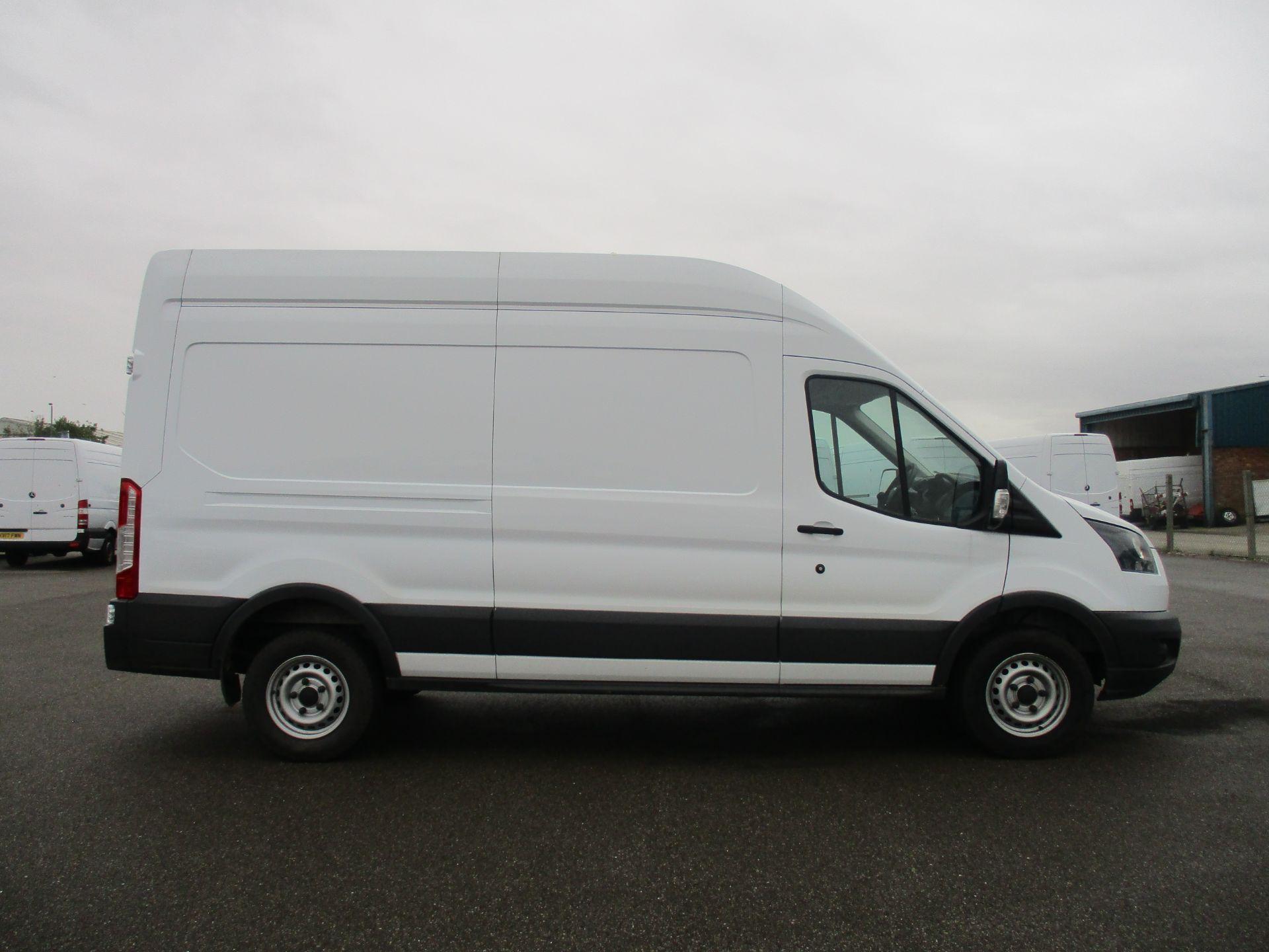 2018 Ford Transit L3 H3 VAN 130PS EURO 6 (FD18LXU) Image 4