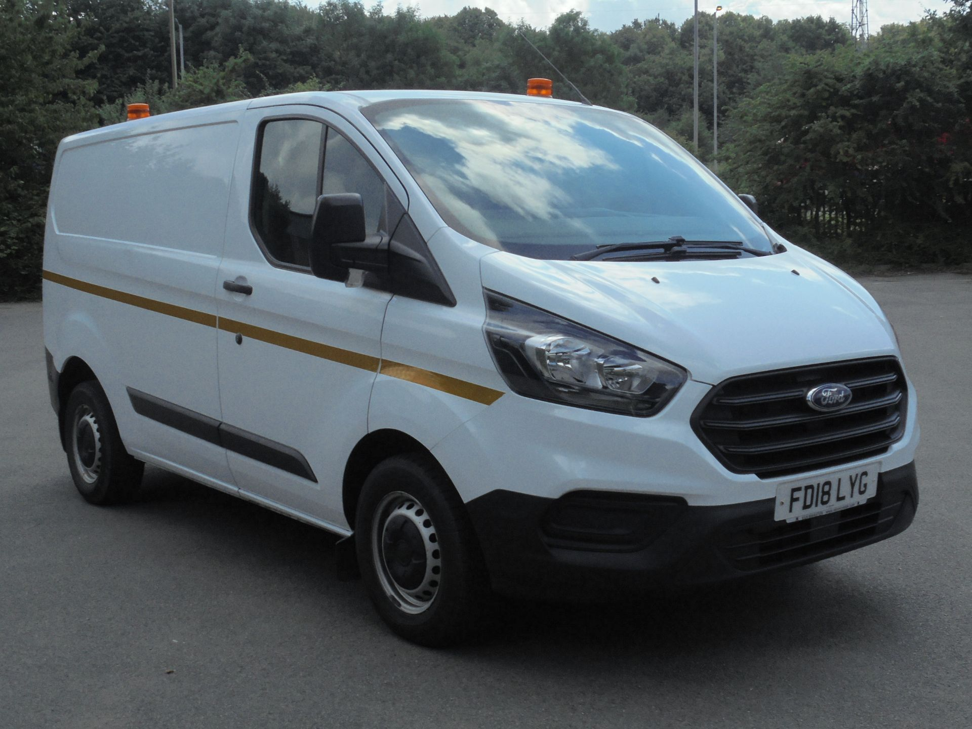 2018 Ford Transit Custom 2.0 Tdci 105Ps Low Roof Van (FD18LYG)
