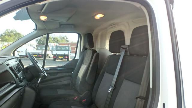2018 Ford Transit Custom 2.0 Tdci 105Ps Low Roof Van (FD18LYO) Image 15