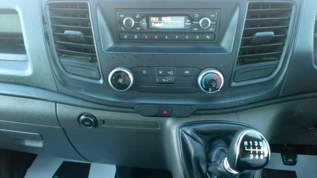 2018 Ford Transit Custom 2.0 Tdci 105Ps Low Roof Van (FD18LYO) Image 17