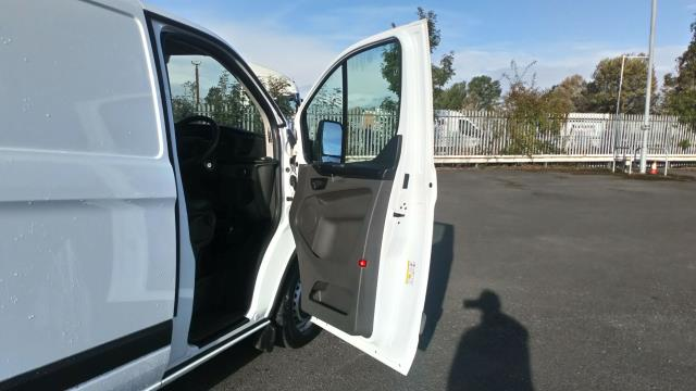 2018 Ford Transit Custom 2.0 Tdci 105Ps Low Roof Van (FD18LYO) Image 14