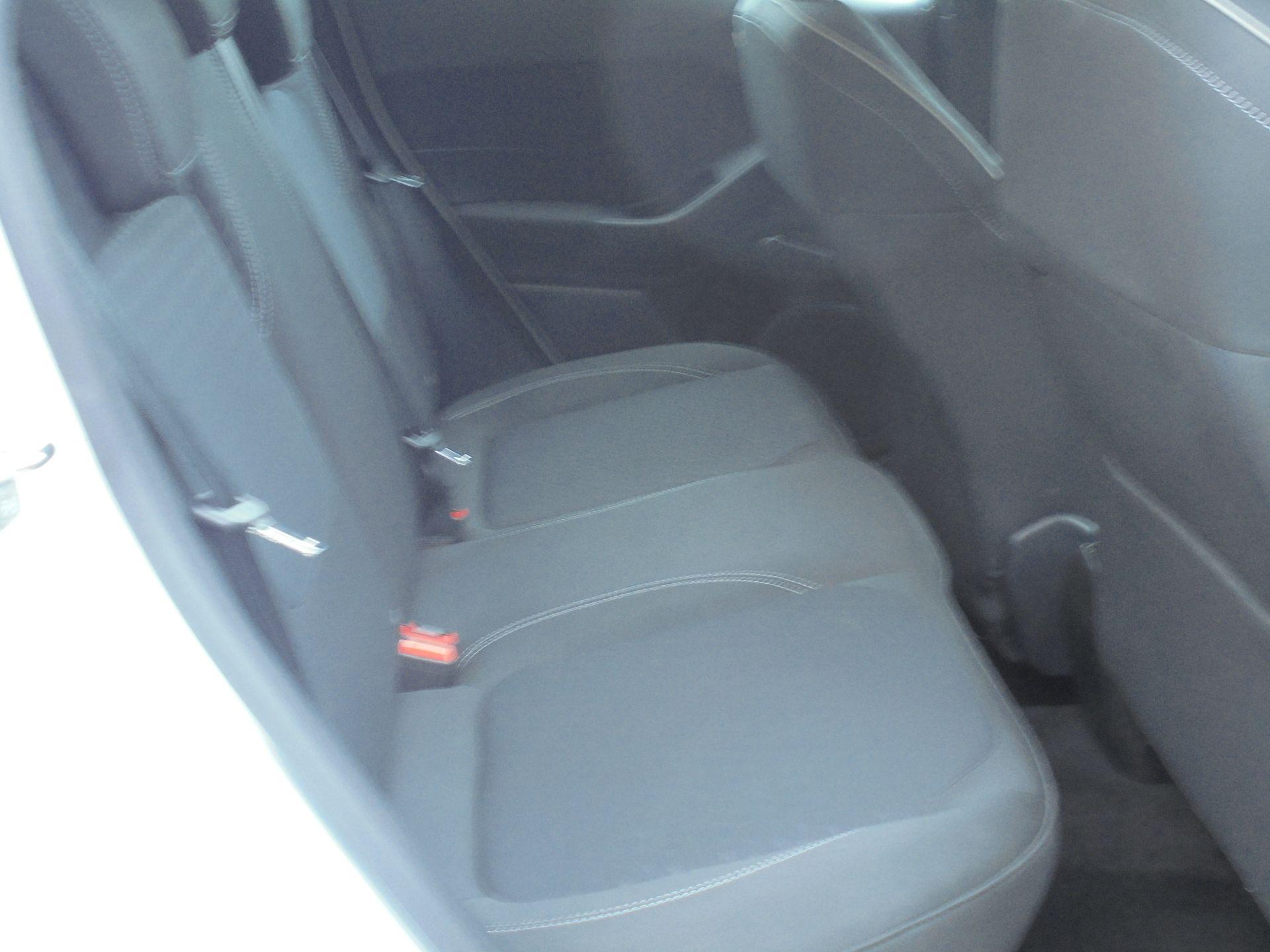 2018 Ford Fiesta 1.5 Tdci Zetec 5Dr (FD18WHU) Image 11
