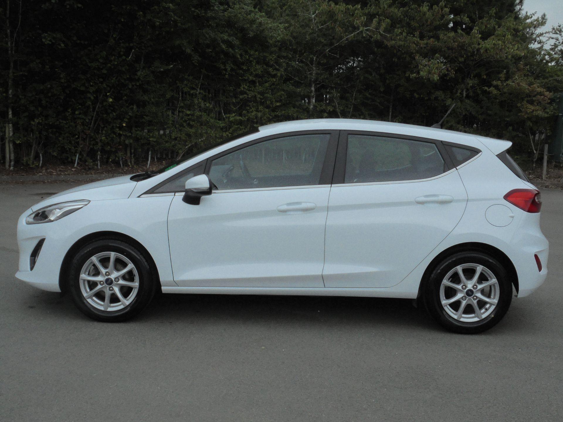 2018 Ford Fiesta 1.5 Tdci Zetec 5Dr (FD18WHU) Image 4