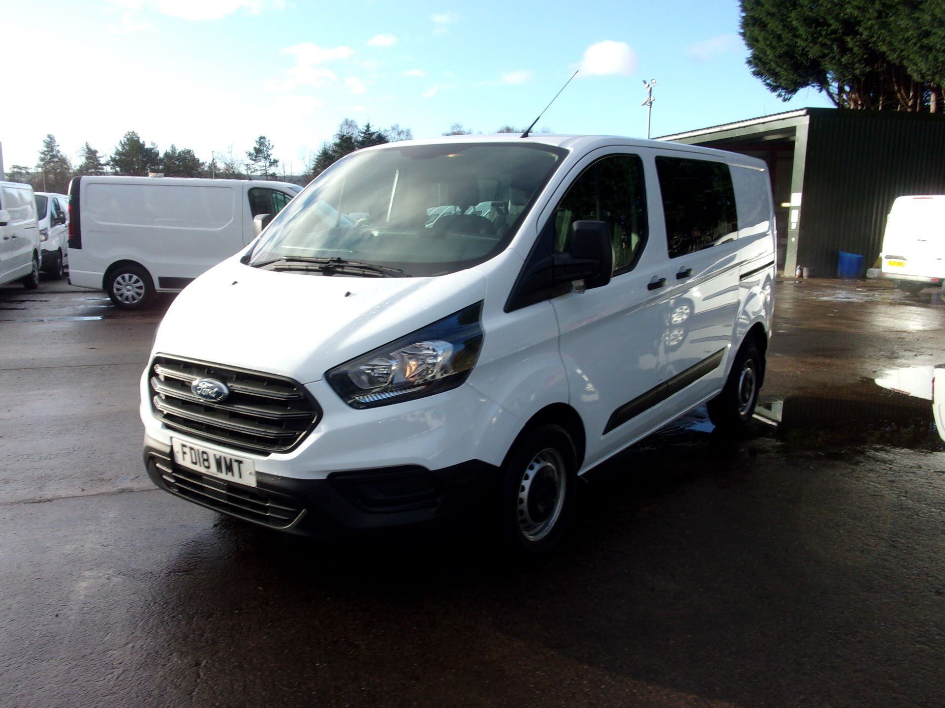 2018 Ford Transit Custom 300 L1 DIESEL FWD 2.0 TDCI 105PS LOW ROOF DOUBLE CAB VAN EURO 6 (FD18WMT) Image 14