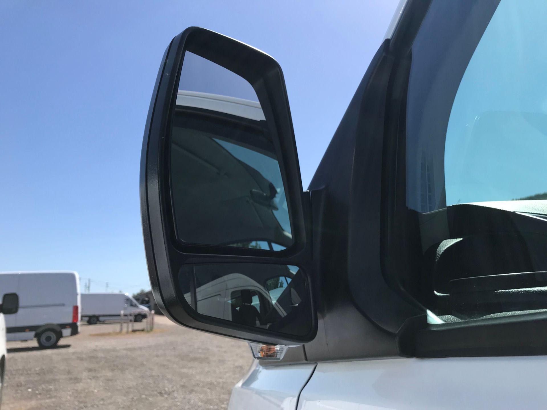 2016 Ford Transit Custom 2.0 Tdci 105Ps Low Roof Kombi Van Euro 6 (FD66BSX) Image 45