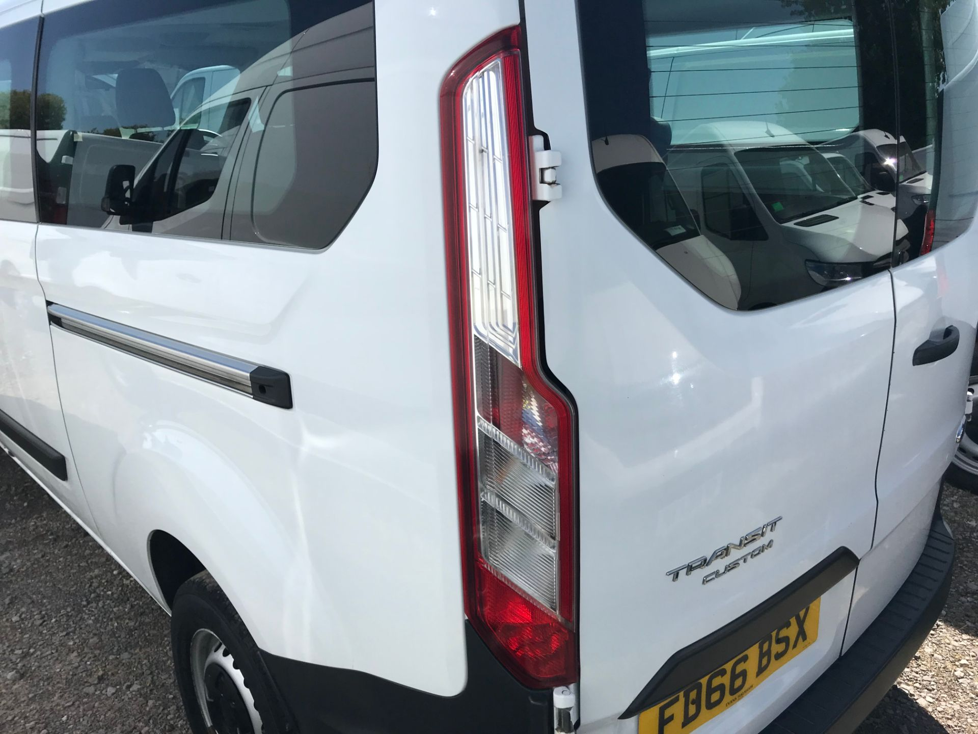 2016 Ford Transit Custom 2.0 Tdci 105Ps Low Roof Kombi Van Euro 6 (FD66BSX) Image 47