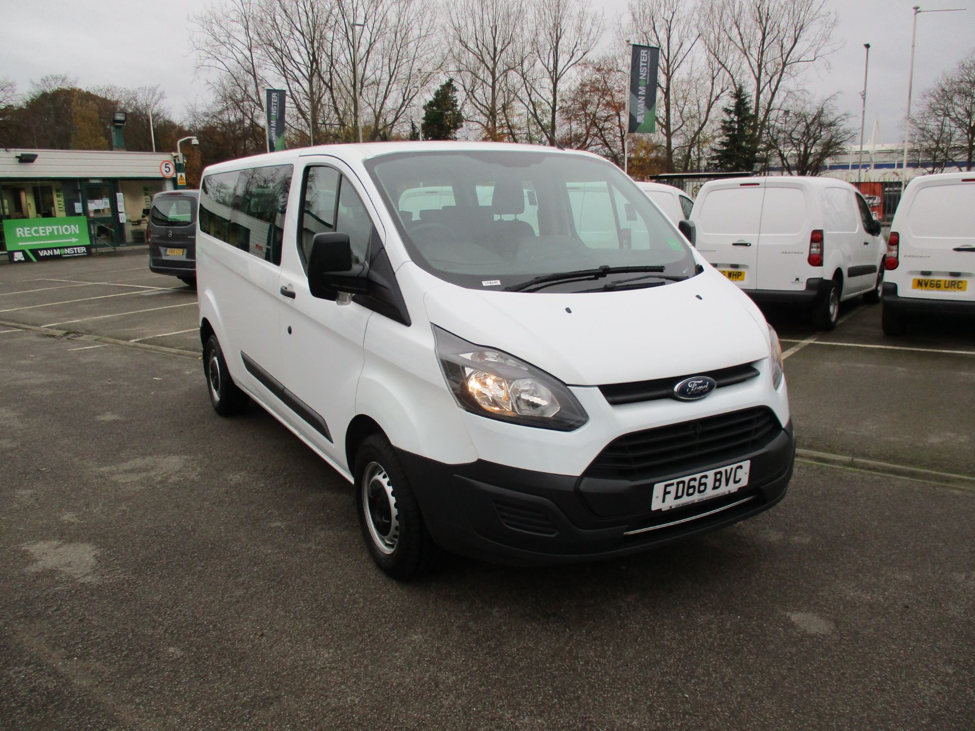 2016 Ford Transit Custom 2.0 Tdci 105Ps Low Roof Kombi Van (FD66BVC) Image 1