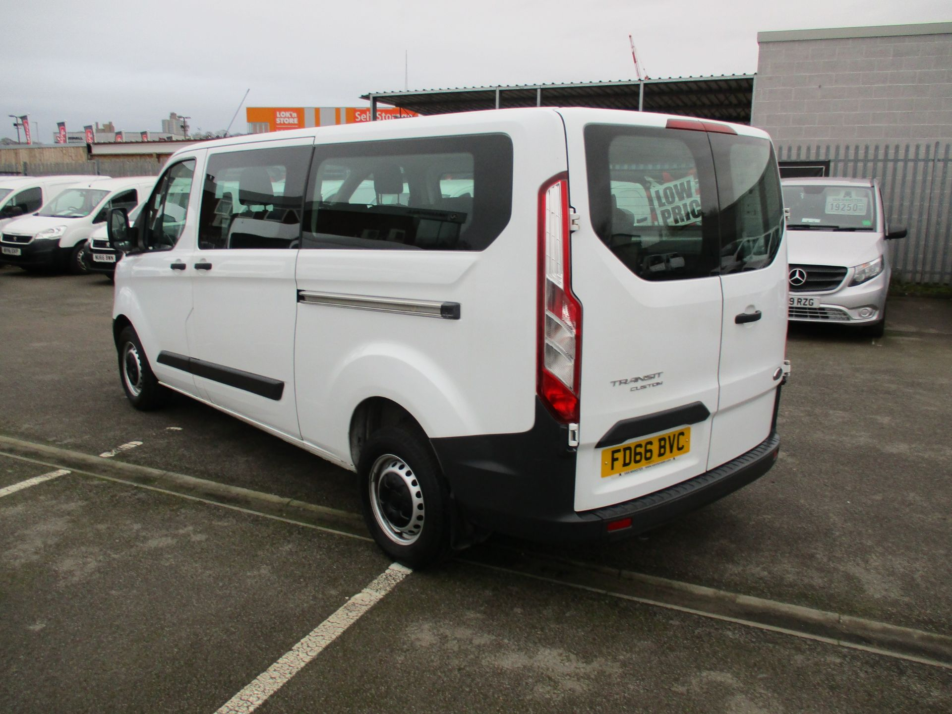 2016 Ford Transit Custom 2.0 Tdci 105Ps Low Roof Kombi Van (FD66BVC) Image 6