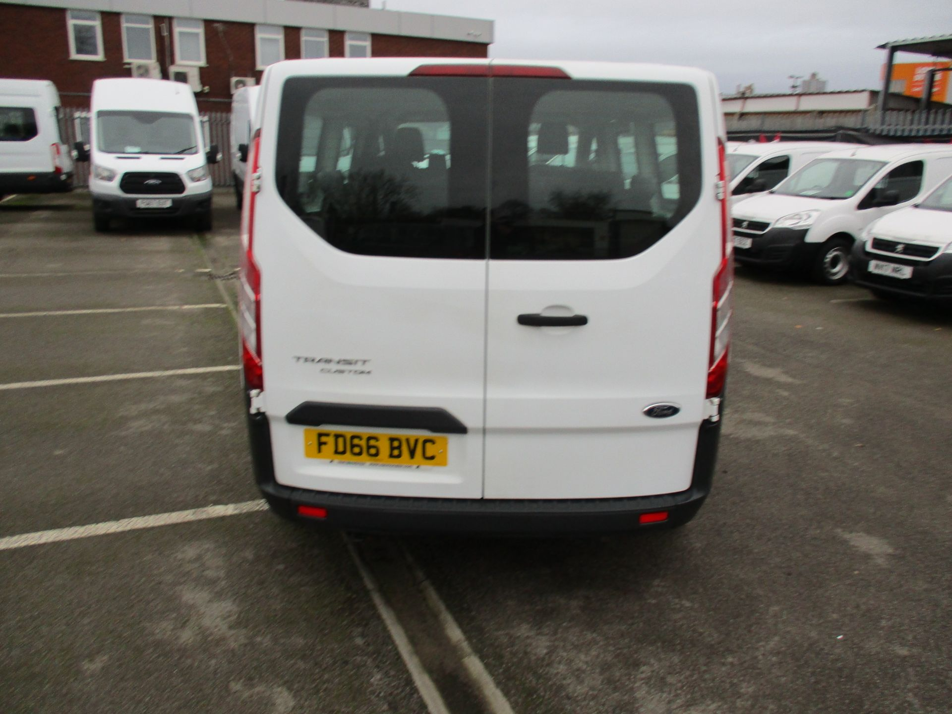2016 Ford Transit Custom 2.0 Tdci 105Ps Low Roof Kombi Van (FD66BVC) Image 4